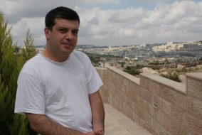 Arab-Israeli author and columnist Sayed Kashua says said other Israelis should not be surprised that he and the nation's Arab minority opposed the recent war in Lebanon. (Dion Nissenbaum/MCT)