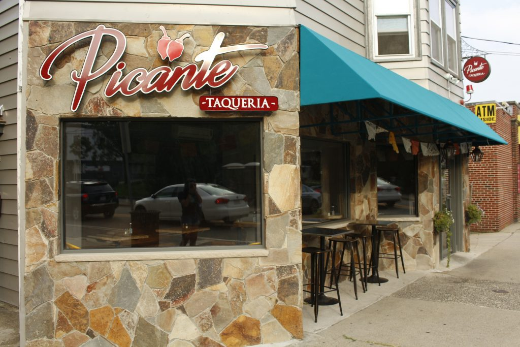 The New Picante Taqueria On Boston Ave Is Pictured Aug 27th 2018 Anika Agarwal Tufts Daily